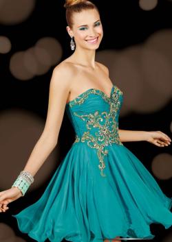 US$161.99 2015 Sleeveless Sweetheart Zipper Crystals Chiffon Short