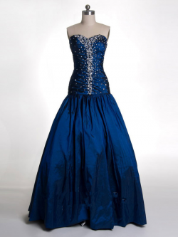 US$182.99 2015 Sweetheart Lace Up Crystals Satin Ruched Floor Length Ball Gown