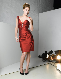US$147.99 2015 V-neck Satin Sleeveless V-back Knee Length