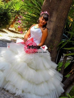 2017 New Beading Sweet 15 Ball Gown White Satin Layered Tulle Prom Dress Gown Vestidos De 15 Anos