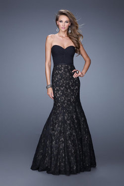 US$177.99 2015 Floor Length Red Ruched Open Back Lace Black Sweetheart Sleeveless