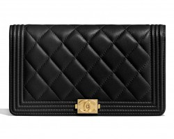 Boy Chanel wallet