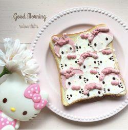 Hello Kitty bread with cream
