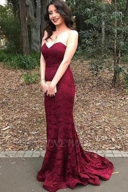 Sweetheart-Neck Burgundy Lace Mermaid Long Bridesmaid Dress