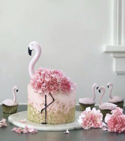 Ravishing cake decoration.