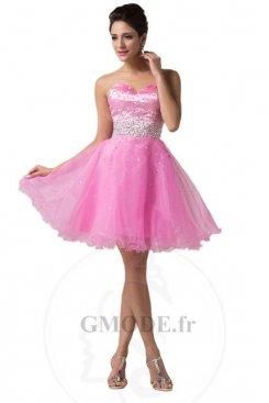 Vente robe de fête pas cher pour choisir courte et longue