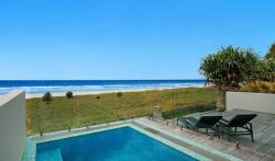 4 Bedroom Family Beachfront Home with Pool in Mermaid Beach, Gold Coast