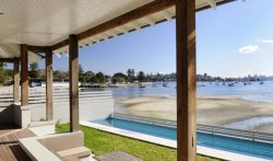 Luxury Waterfront Beachside Villa in Rose Bay, Sydney – 4 Bedroom