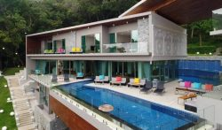 Luxury 9 Bedrooms Phuket Villa with Pool in Layan Beach, Thailand